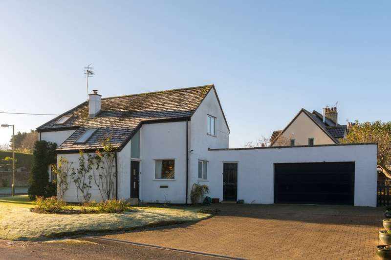 4 Bedrooms Detached House for sale in Tetbury Road, Sherston