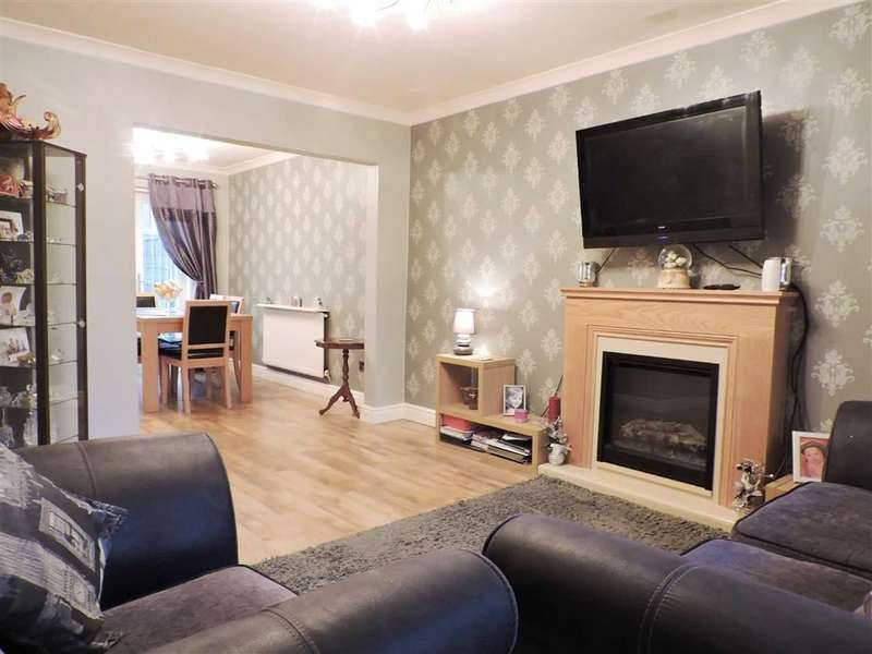 3 Bedrooms Property for sale in Paythorne Green, Stockport