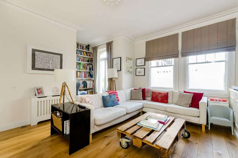 2 Bedrooms Maisonette Flat for sale in Perham Road, Barons Court, W14