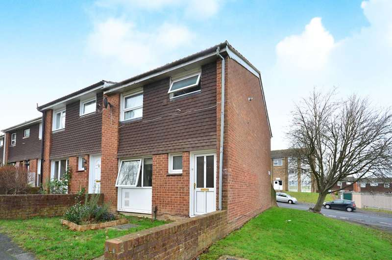 3 Bedrooms Terraced House for sale in Rye Close, Park Barn, GU2