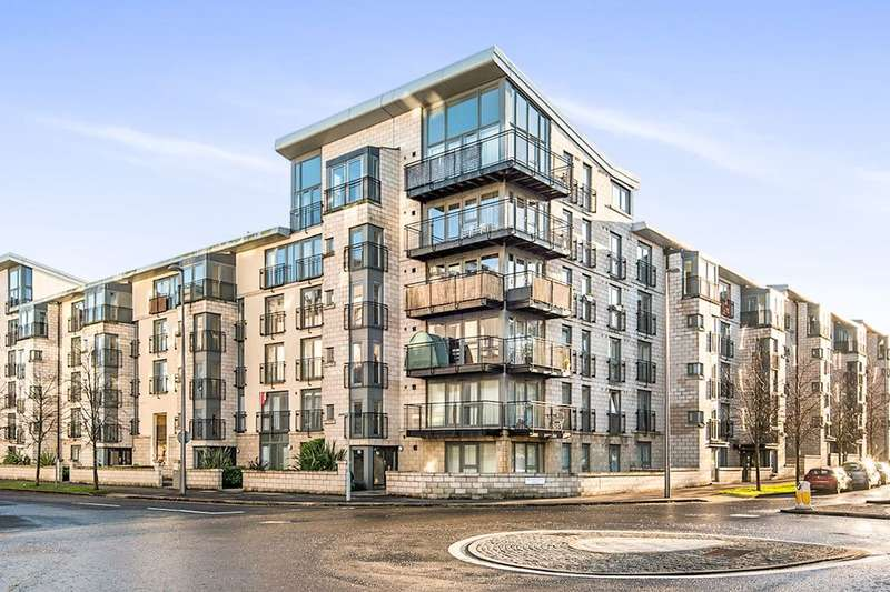 3 Bedrooms Flat for sale in Waterfront Park, Edinburgh, EH5