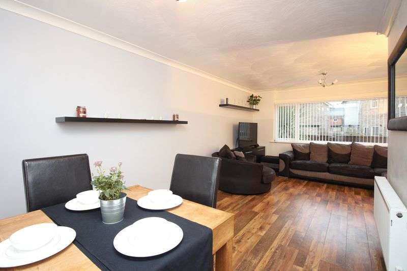 3 Bedrooms Terraced House for sale in Avocet Drive, Irlam M44