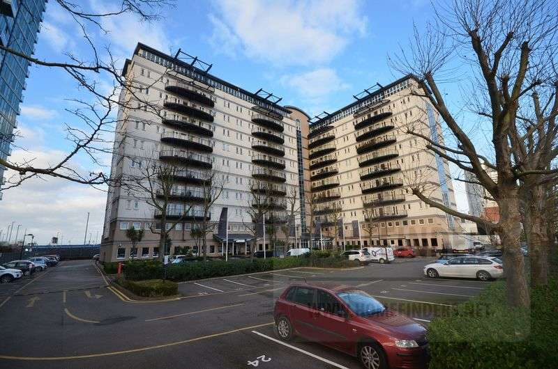 2 Bedrooms Flat for sale in Central house, Stratford, E15