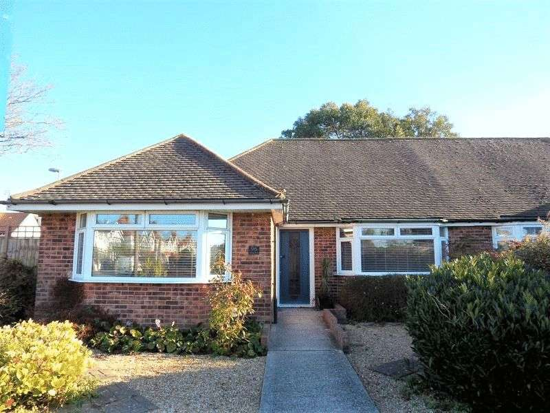 3 Bedrooms Semi Detached Bungalow for sale in Loxwood Avenue, Worthing