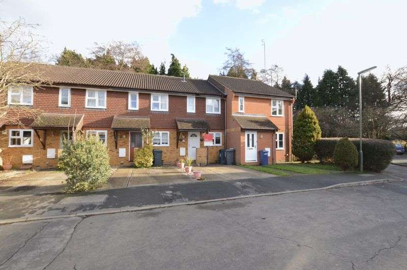 2 Bedrooms Terraced House for sale in Woodpeckers, Milford