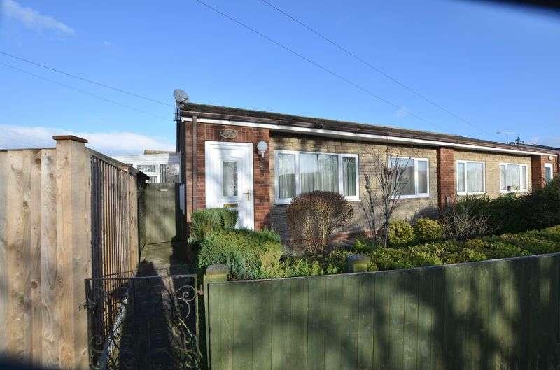 2 Bedrooms Semi Detached Bungalow for sale in Kent Drive, Hibaldstow, Brigg