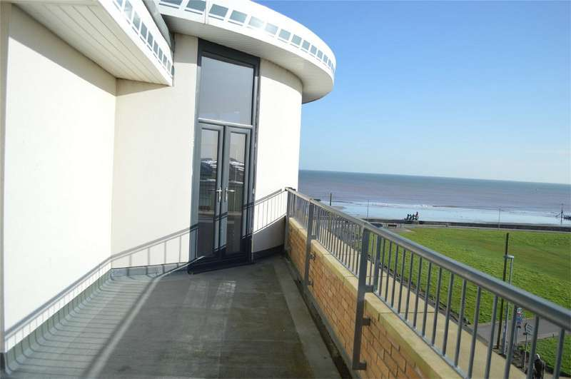 3 Bedrooms Flat for sale in The Palladium Suite, Broadway House, Hornsea, East Riding of Yorkshire