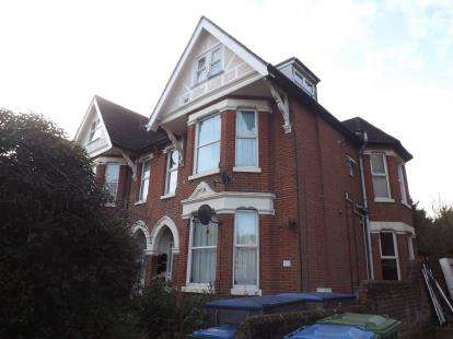 1 Bedroom Flat for sale in Hill Lane, Shirley, Southampton