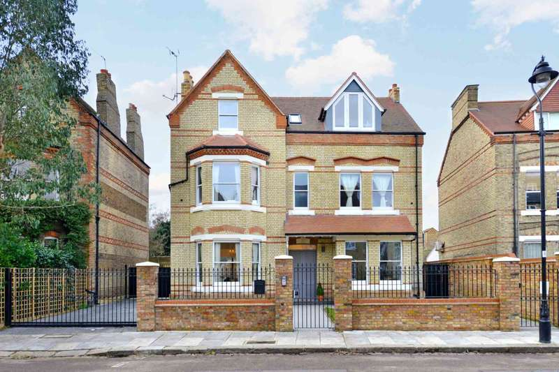 5 Bedrooms Detached House for sale in Grange Park, London