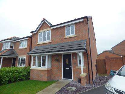 3 Bedrooms Detached House for sale in Wallis Drive, Widnes, Cheshire, WA8