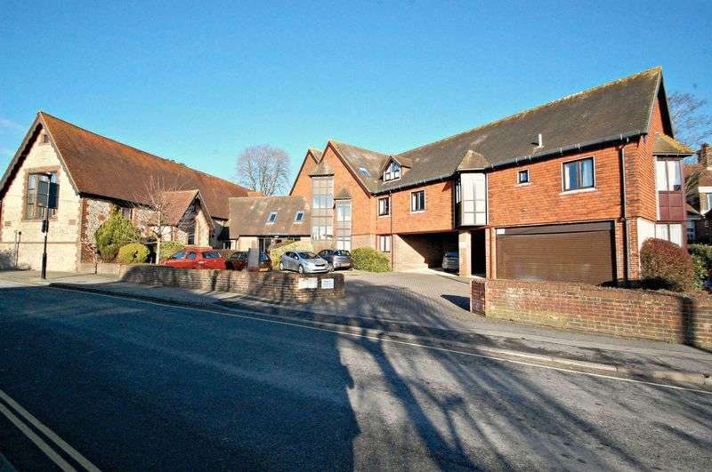1 Bedroom Flat for sale in Hylton Road, Petersfield
