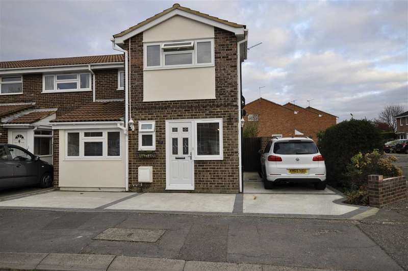 4 Bedrooms House for sale in Daffodil Way, Chelmsford