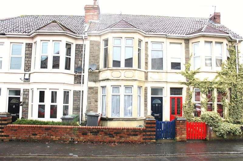 2 Bedrooms Terraced House for sale in Victoria Road, Hanham, Bristol