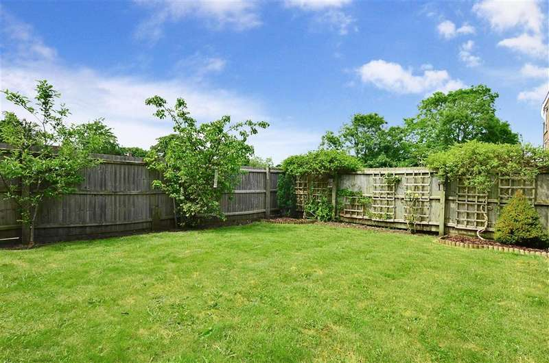 4 Bedrooms Town House for sale in Turner Mews, Sutton, Surrey