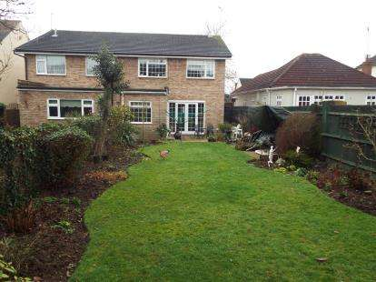 House for sale in Rayleigh, Essex, Uk