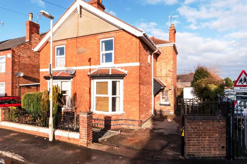 3 Bedrooms Semi Detached House for sale in Mount Pleasant, Castle Donington