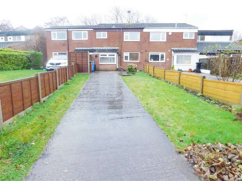 3 Bedrooms Property for sale in Parry Mead, Bredbury, Stockport