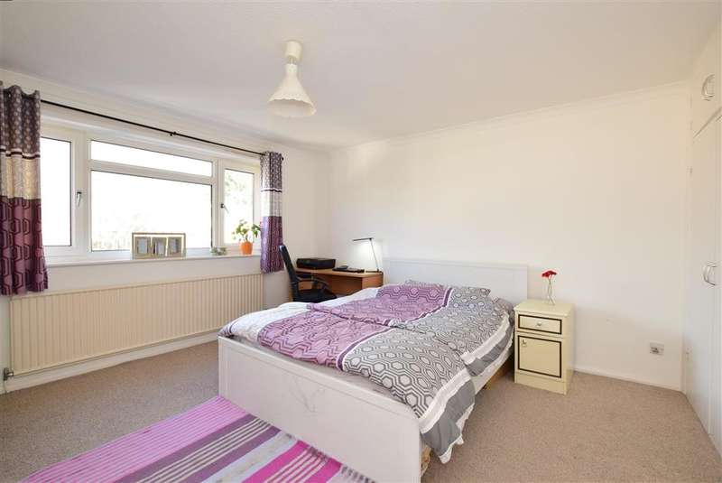 2 Bedrooms Flat for sale in London Road, Brighton, East Sussex