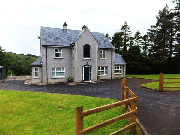 3 Bedrooms Detached House for sale in Drumnagalliagh Road