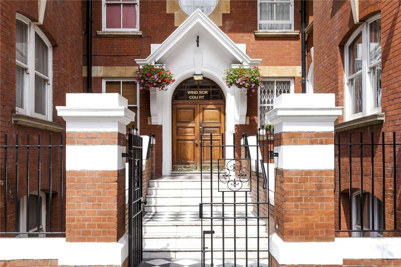 3 Bedrooms Flat for sale in Windsor Court, Moscow Road, London, W2