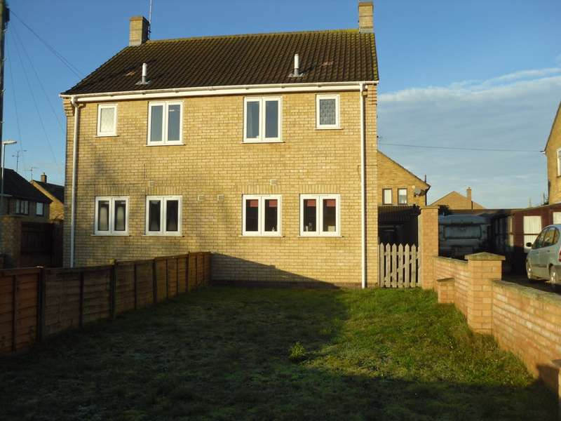 2 Bedrooms House for sale in Chestnut Crescent, Whittlesey, PE7