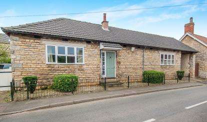 4 Bedrooms Detached House for sale in Water Lane, South Witham, Grantham, Lincolnshire