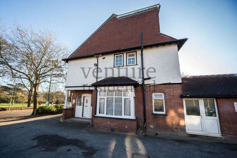 1 Bedroom Flat for sale in New Bedford Road, Luton, Bedfordshire, LU3 1LF