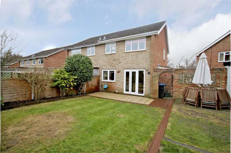3 Bedrooms Semi Detached House for sale in Barton Close, Addlestone, Surrey, KT15