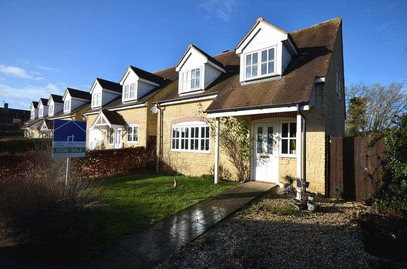 4 Bedrooms Detached House for sale in Mansell Place, Carterton