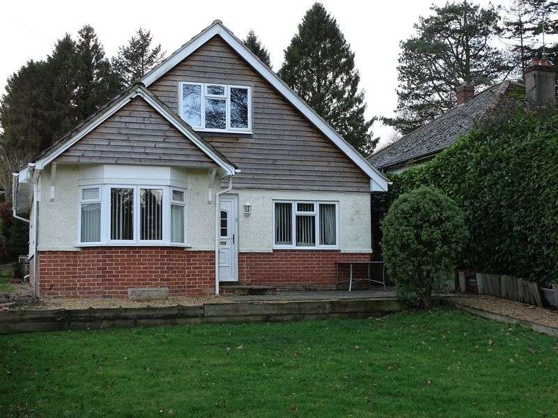 3 Bedrooms Detached Bungalow for sale in Southampton Road, Alderbury