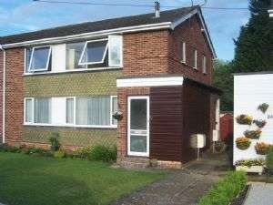 2 Bedrooms Flat for sale in Woodley