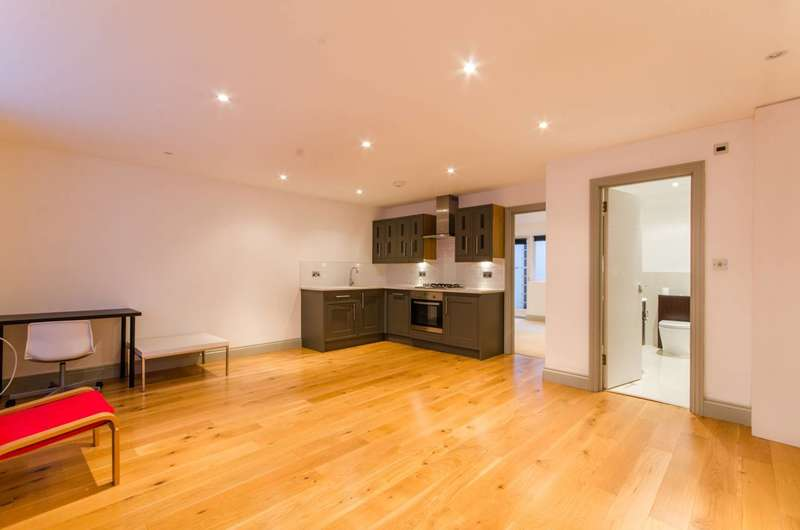 1 Bedroom Flat for sale in Narcissus Road, West Hampstead, NW6