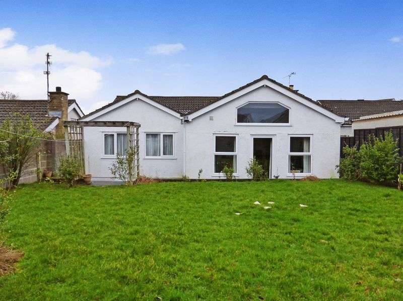 4 Bedrooms Detached Bungalow for sale in Llanfairpwllgwyngyll