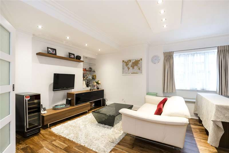 3 Bedrooms Flat for sale in Winchester Court, Vicarage Gate, London, W8