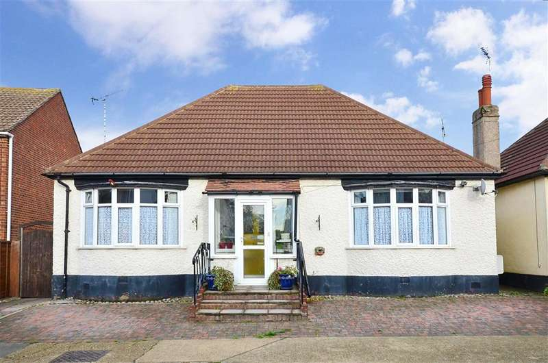 3 Bedrooms Bungalow for sale in Cobblers Bridge Road, Herne Bay, Kent