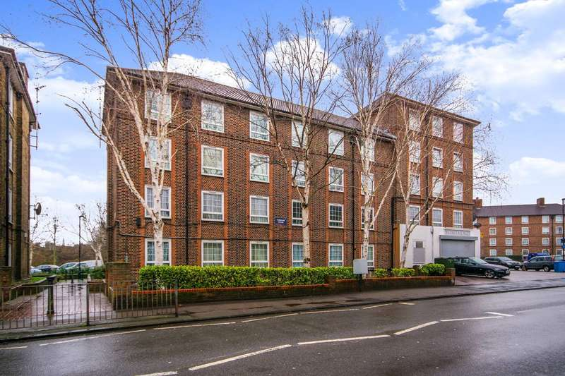 2 Bedrooms Flat for sale in Turnham House, Brockley, SE4