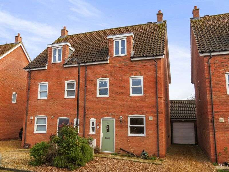 4 Bedrooms Semi Detached House for sale in Thurlby
