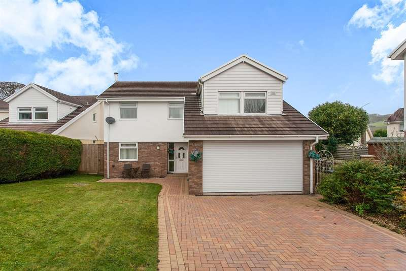 4 Bedrooms Detached House for sale in Castell Morlais, Pontsticill, Merthyr Tydfil
