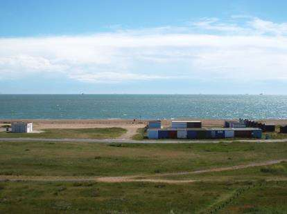 2 Bedrooms Flat for sale in 65 Sea Front, Hayling Island, Hampshire