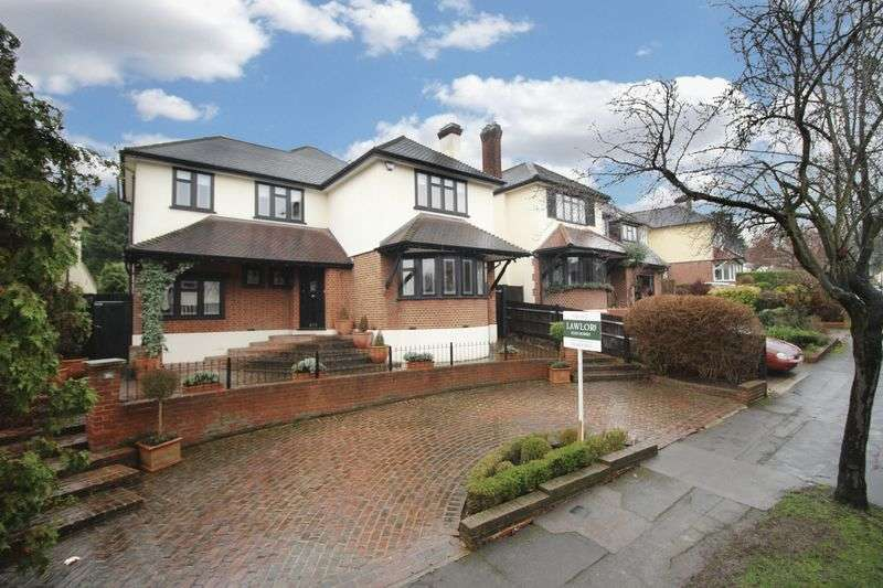 4 Bedrooms Detached House for sale in The Glade, Woodford Green