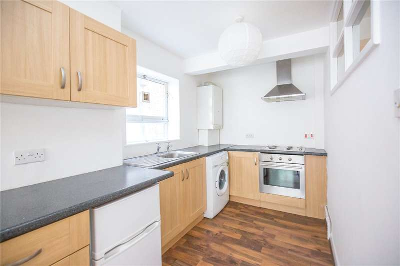 2 Bedrooms Apartment Flat for sale in Rowlands Close, North Hill, London, N6