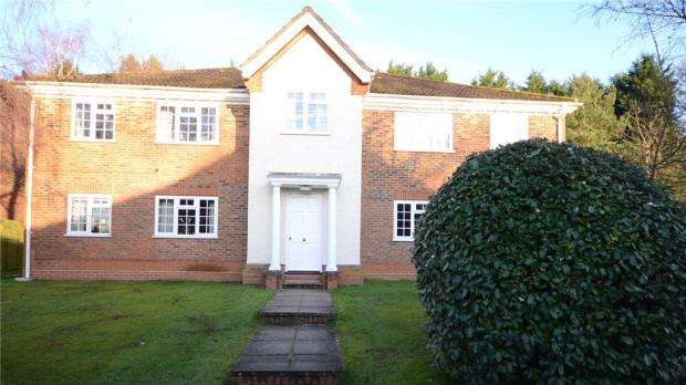 1 Bedroom Apartment Flat for sale in Dodsells Well, Finchampstead, Berkshire