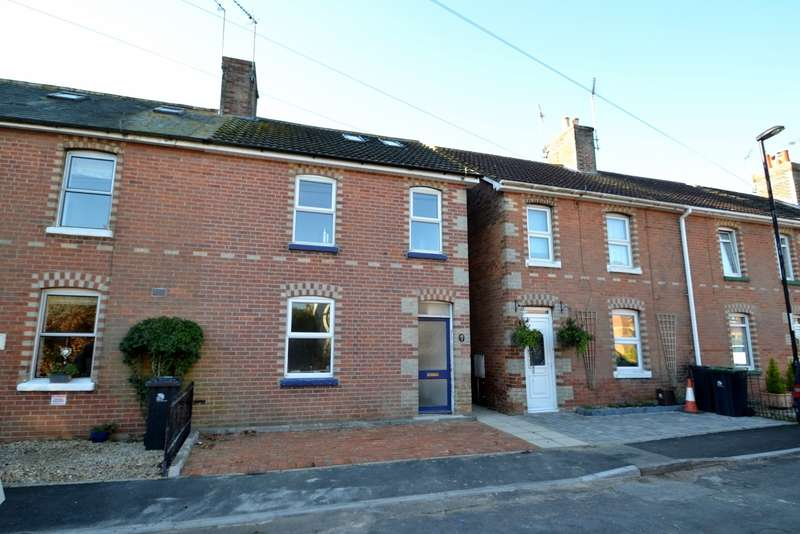3 Bedrooms House for sale in Wimborne Town Centre