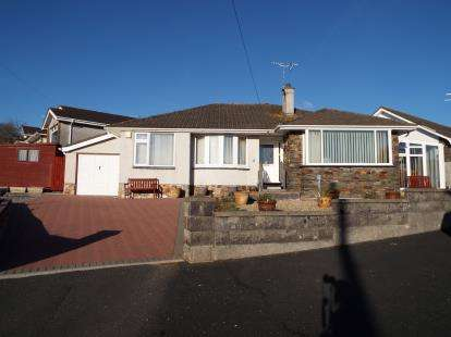 3 Bedrooms Bungalow for sale in Elburton, Plymouth, Devon