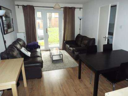 1 Bedroom Flat for sale in Northumberland Court, 2 Duke Street, Banbury, Oxfordshire