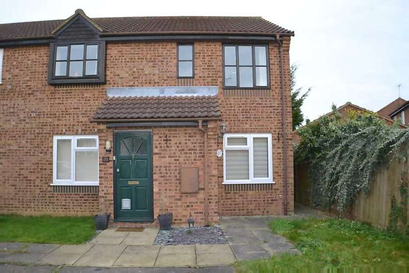 2 Bedrooms Maisonette Flat for sale in Lark Road, Watlington