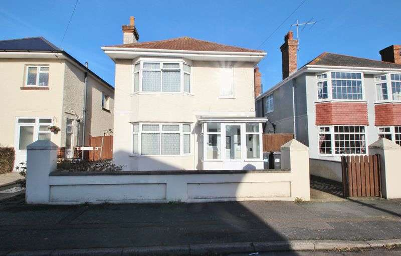 4 Bedrooms Detached House for sale in Burcombe Road, Bournemouth