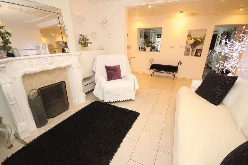 4 Bedrooms House for sale in Mercia Road, Tremorfa