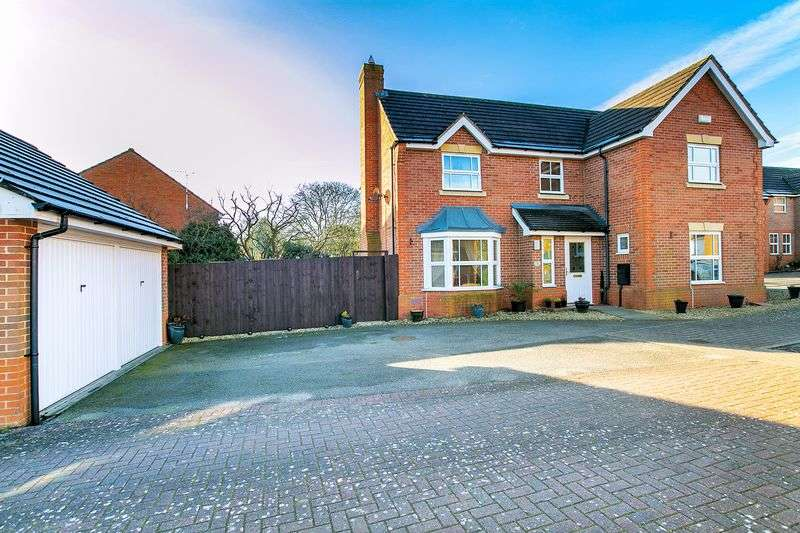 4 Bedrooms Detached House for sale in Linney Court, Milton Keynes