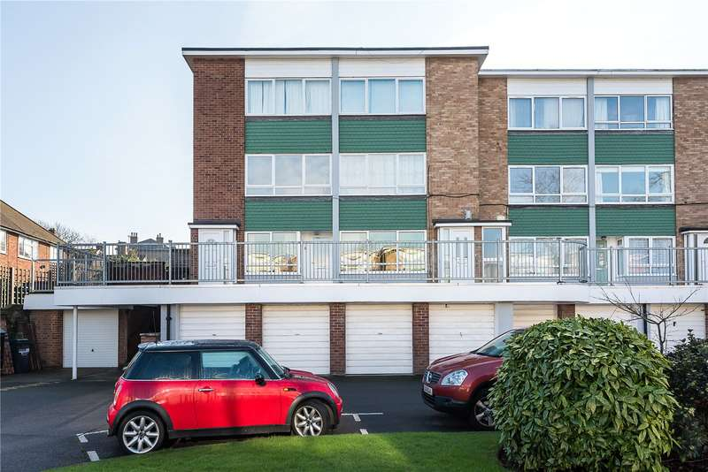 2 Bedrooms Flat for sale in Cranebrook, Manor Road, Twickenham, TW2
